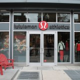 Lululemon Athletica inc. (LULU)