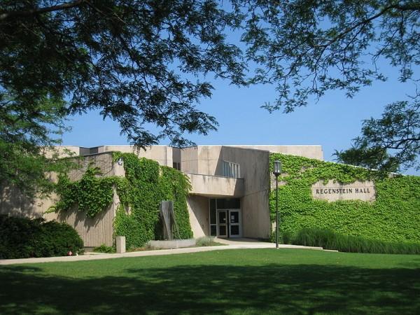 800px-Northwestern_University_-_Regenstein_Hall