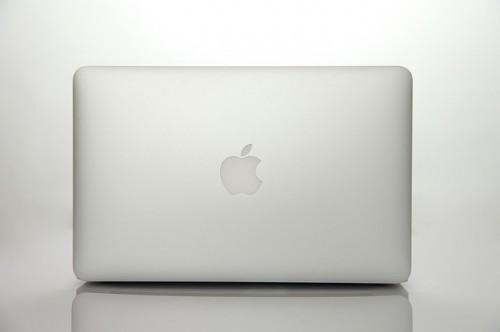 Apple AAPL Laptop