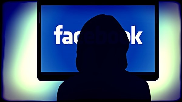 Facebook, is FB a good stock to buy, newspaper, algorithms