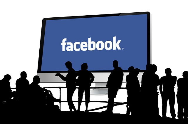 Facebook, is FB a good stock to buy, Peg Fitzpatrick, Brendan Greeley, Guy Kawasaki, Tom Keene, social media marketing,
