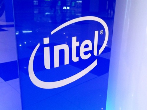 Intel, is INTC a good stock to buy, Upgrade, Canaccord Genuity,