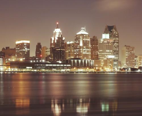 detroit - night - skyscrapers