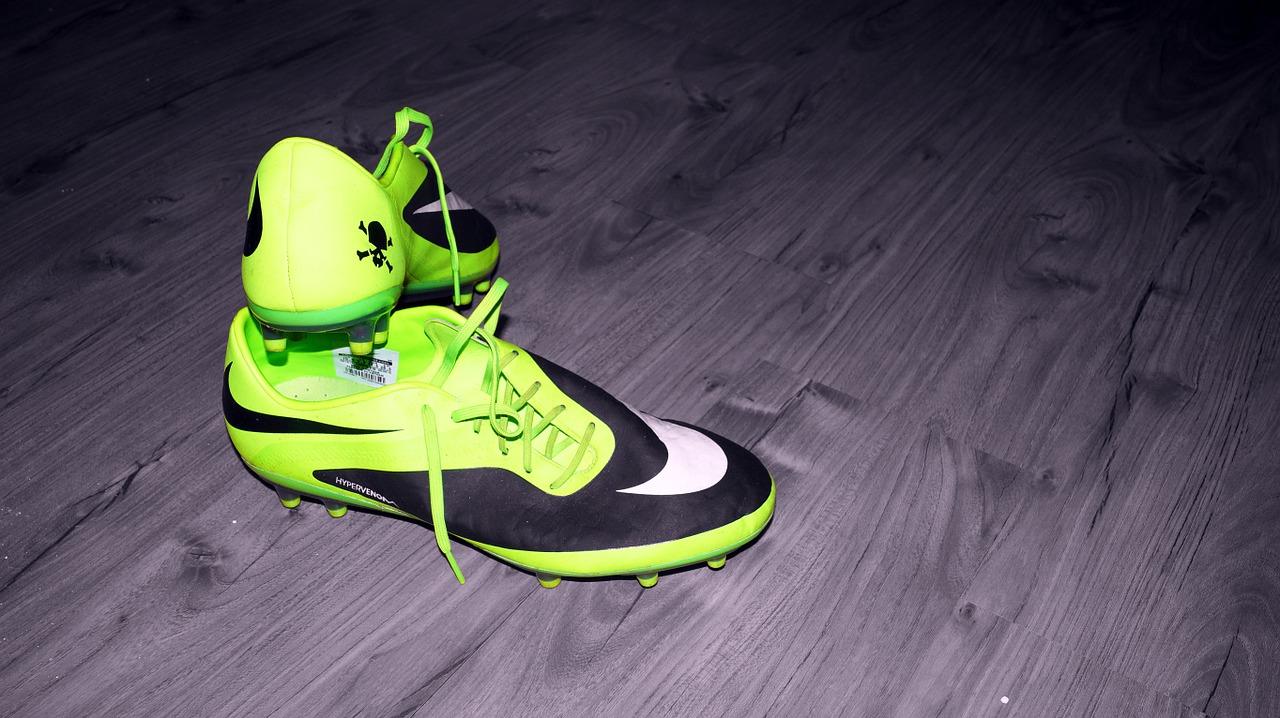 Nike Inc (NYSE:NKE)