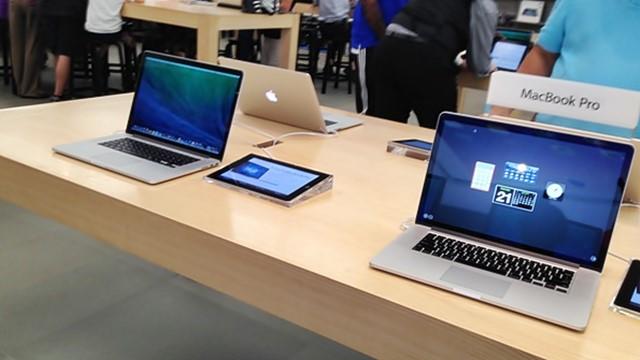Apple, is AAPL a good stock to buy, NASDAQ:AAPL, Apple TV, TV remote, Alex Gauna, Internet of Things,