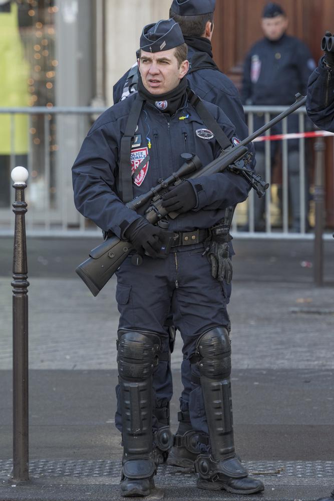 France Guns Police