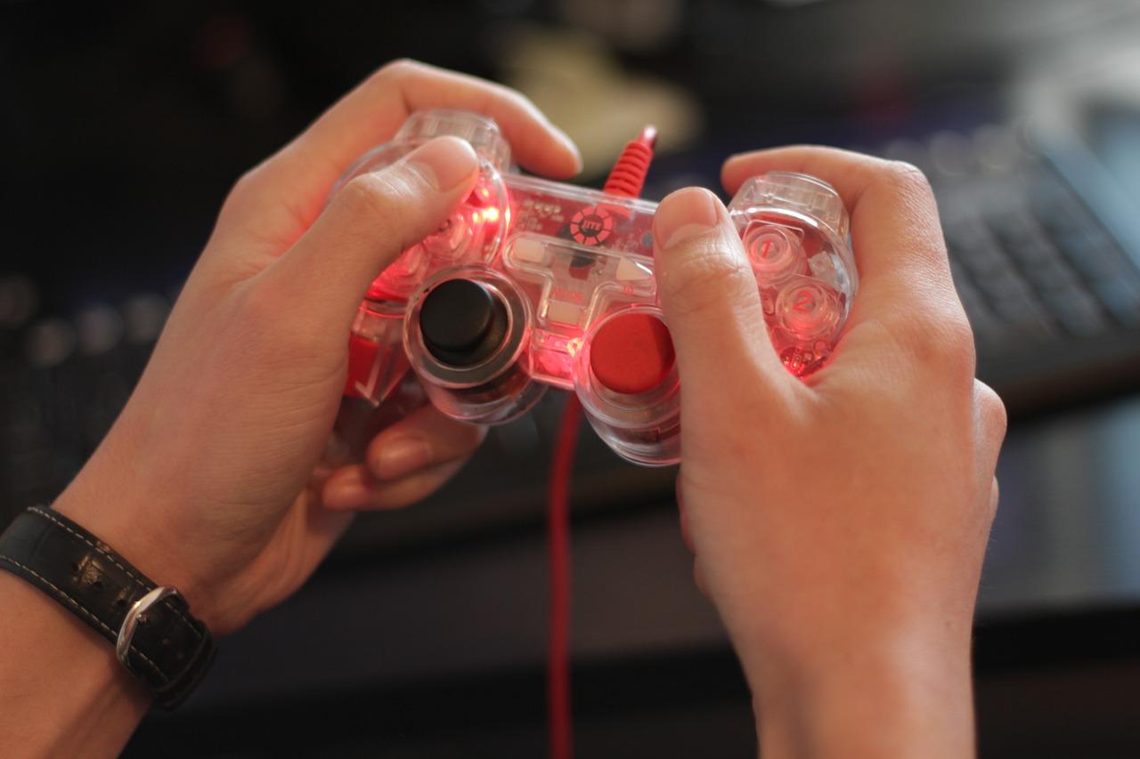 gamer-565585_1280