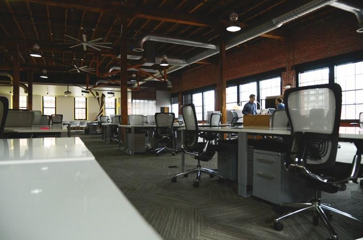 office-594119_1280