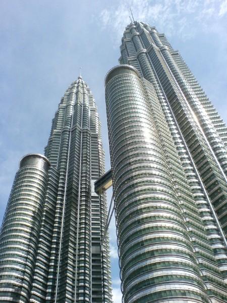 petronas-twin-towers-593238_1280