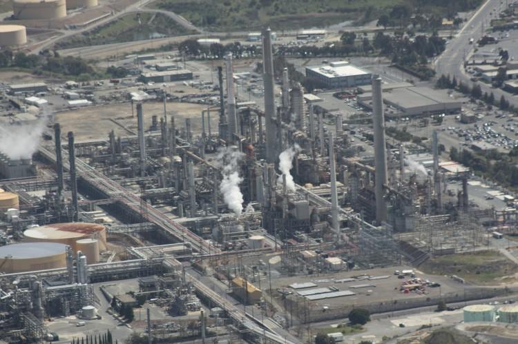 refinery-109024_1280