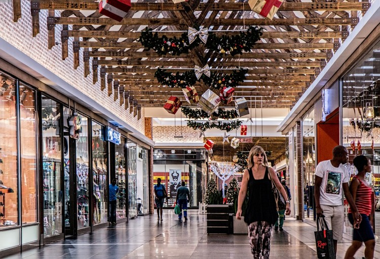 shopping-mall-522619_1280