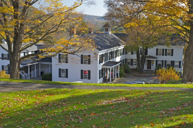 Best Places to Retire in Connecticut