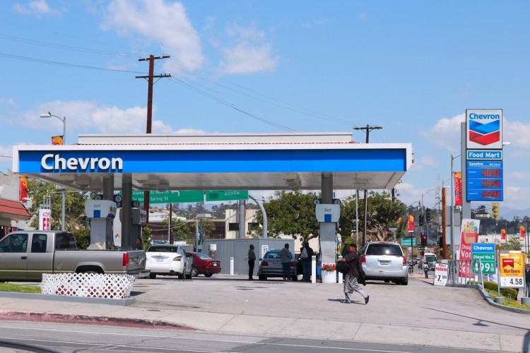 Chevron Corporation (NYSE:CVX), Gas Station, Oil, Fuel, Logo, Sign, Symbol, Cars
