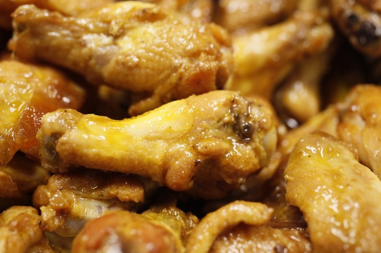 american chicken-wings-466556_1280