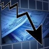 financial-crisis-stock-arrow-down