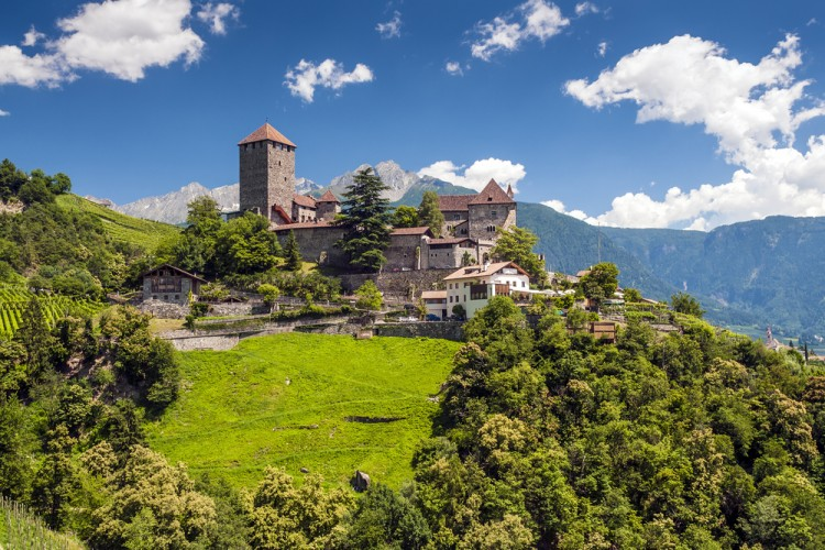 7 Most Affordable Places To Visit In Italy That Are Also Beautiful Insider Monkey