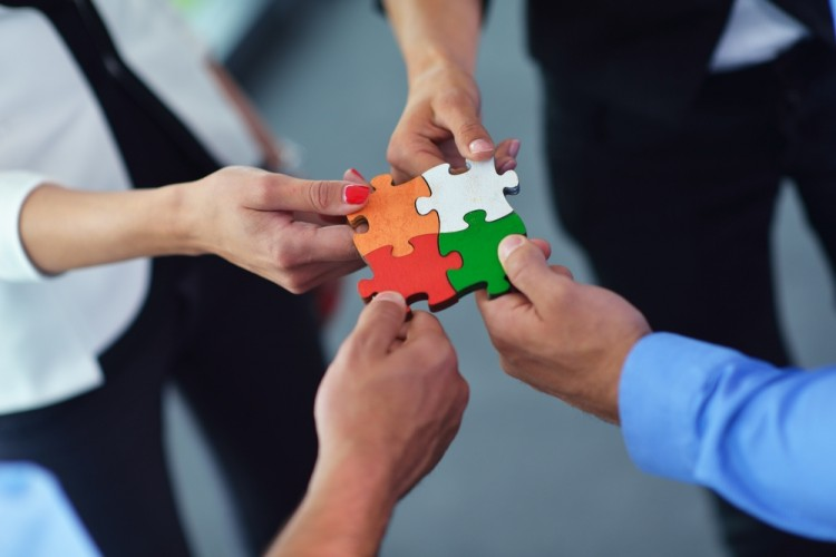 10 Best Team Building Problem Solving Activities - Insider Monkey