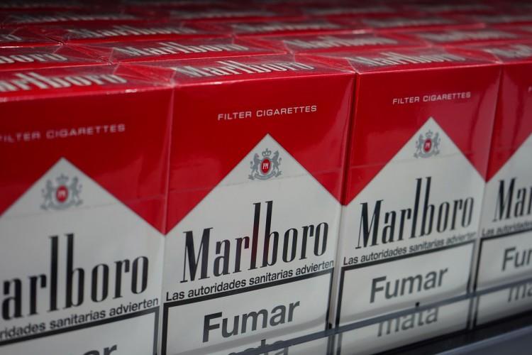 Cigarettes Winston