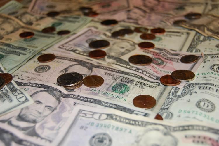 money-319046_1280