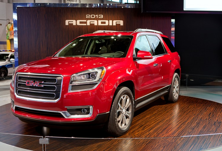 gmc, acadia, suv, truck, american, automaker, usa, display, debut, media, 2013, new, 2012, show, event, chicago, preview, vehicle, automobile, premiere, world,
