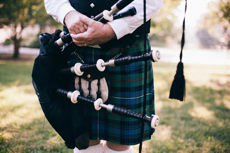 bagpipe-349717_1280 11 Sexiest Accents in the World