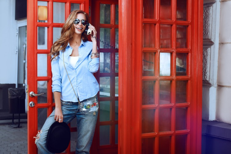 girl, booth, outdoor, street, model, town, sunglasses, attractive, emotional, clothes, urban, landmark, holiday, telephone, talking, sunny, summer, casual, old, people, 11 Sexiest Accents in the World