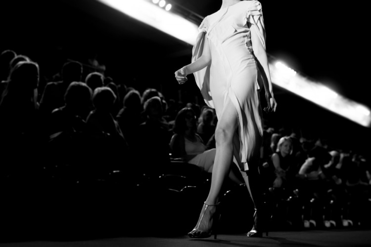 fashion, fashionable, catwalk, show, runway, week, london, event, white, black, stage, milan, woman, designer, style, model, modern, italian, row, adult, couture, walk, 11 Best Fashion Documentaries on Netflix Streaming in 2015