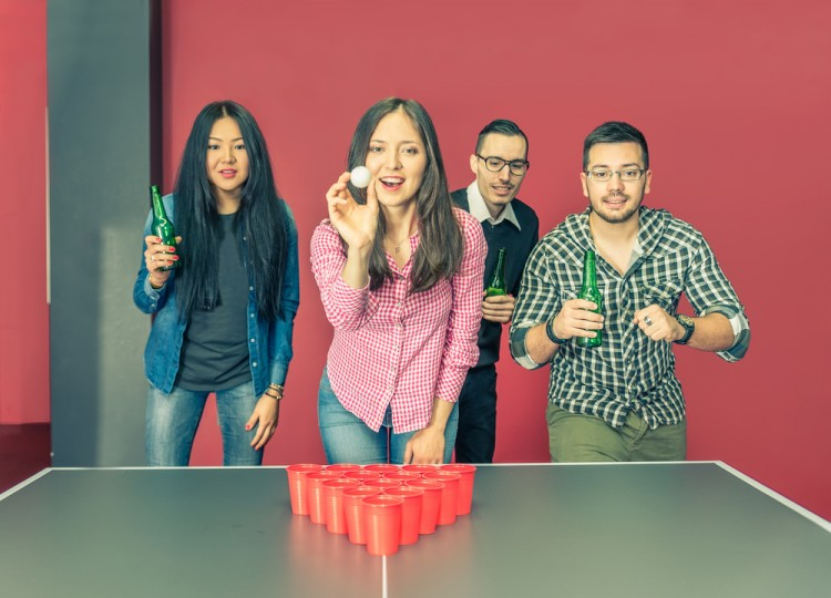 beer, pong, frat, drunk, ball, red, table, club, fun, bottles, bar, row, teenagers, private, throwing, alcohol, people, and, games, round, men, laughing, students, college, party, 7 Easiest and Fun Drinking Games for Groups