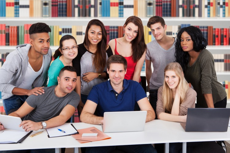 student, black, group, campus, studying, laptop, educate, horizontal, classroom, adult, male, casual, people, female, technology, smiling, computer, bookshelf, girl, surfing,