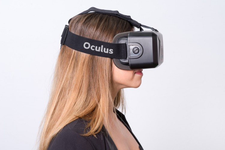6 Best VR Headsets To Buy For Samsung S5 and S6