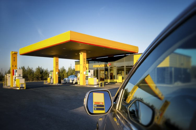 station, gas, store, petrol, fueling, fuel, car, no, exterior, petroleum, nobody, business, contemporary, one, vehicle, automobile, pricing, reflection, architecture, estonia,