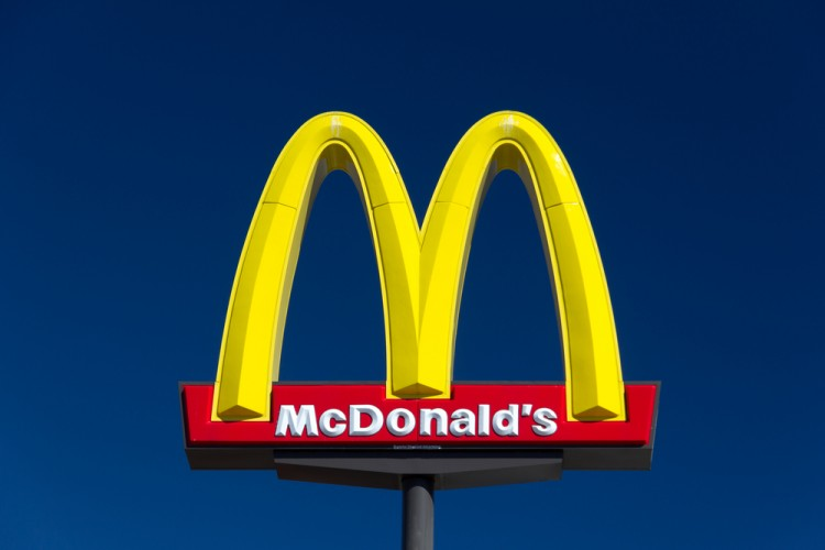 mcdonald, mcdonald's, mc, donald, macdonalds, sign, symbol, store, fast, fastfood, corporation, red, business, drink, yellow, drive-in, restaurant, entrance, chain, emblem,