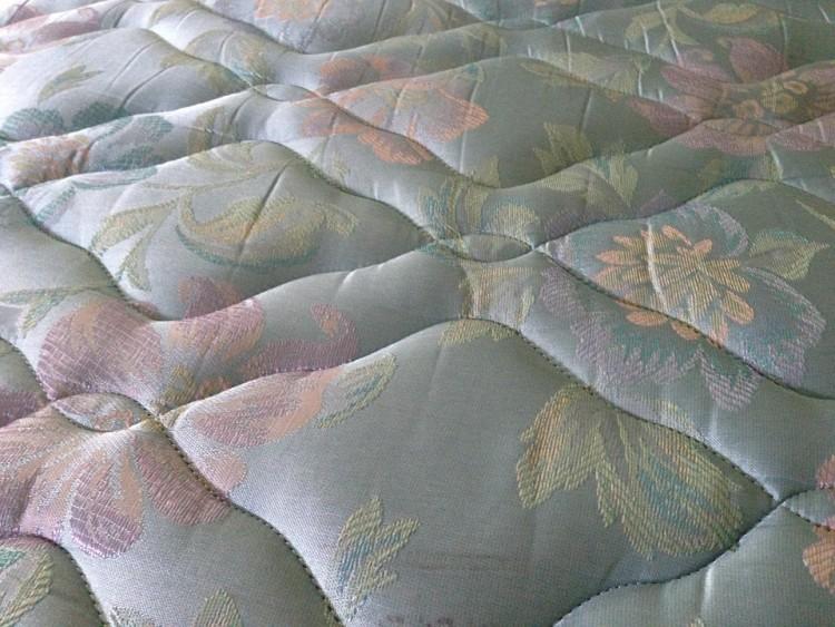 mattress-277906_960_720