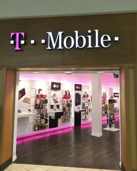 T-Mobile US Inc (NASDAQ:TMUS), T-Mobile US Inc (TMUS), LG