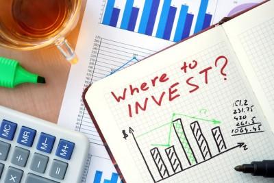 Carey W Devreker of Valiant Capital Management