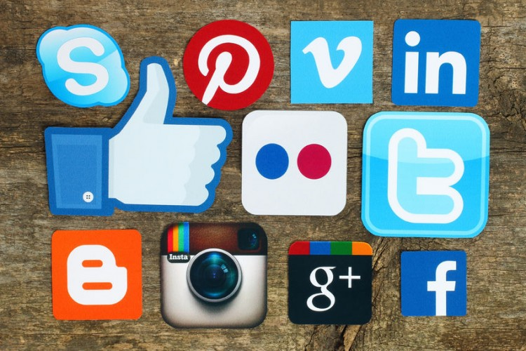 17 Top Social Media Apps in 2016
