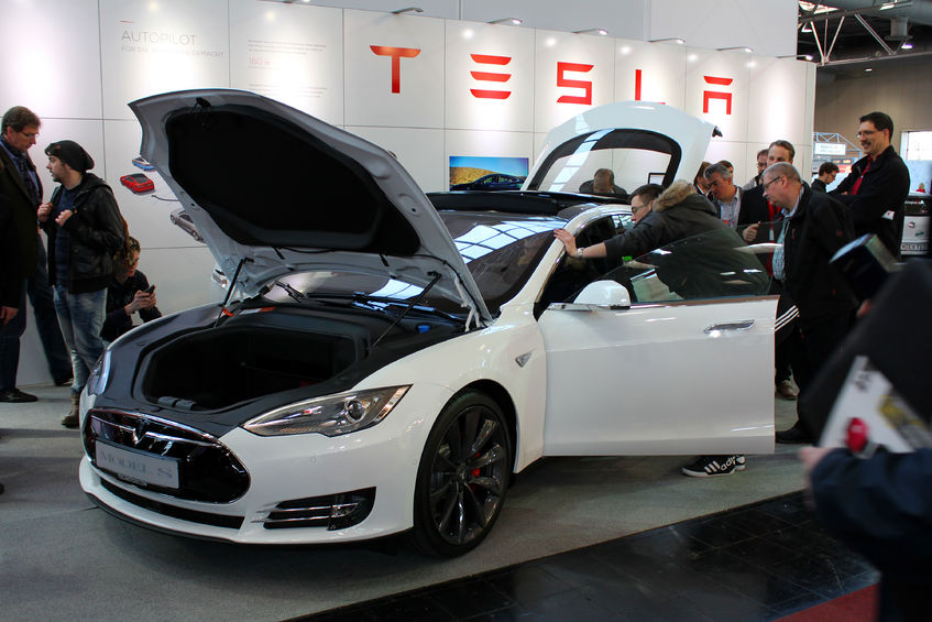 Here s what shorts think about tesla inc tsla and why for How to buy stock in tesla motors