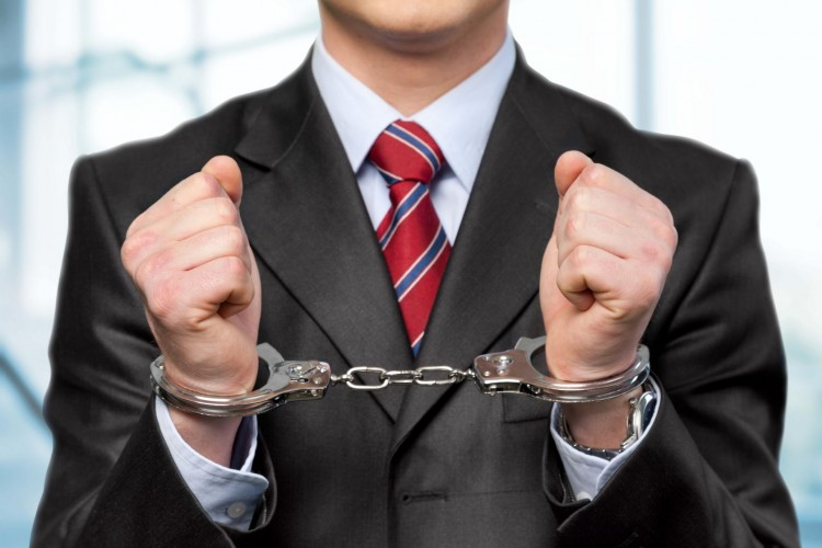10 High Profile White Collar Criminals and Their Crime Cases in America
