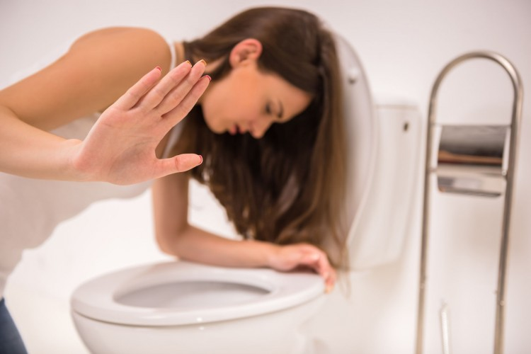 10 Easiest Ways to Make Yourself Gag or Throw Up Fast
