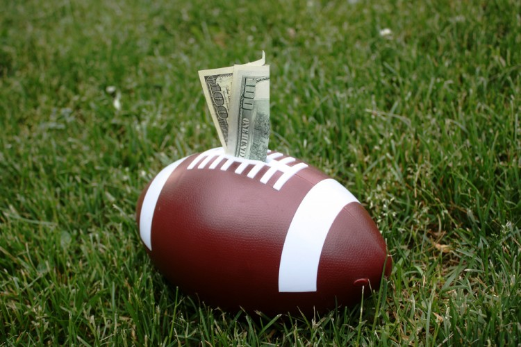 5 Easiest Football Positions To Get A College Scholarship
