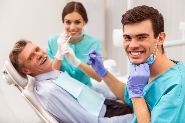 25 Best States For Dental Assistants