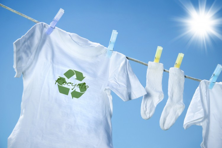12 Affordable Eco Friendly Clothing Brands in US and Canada