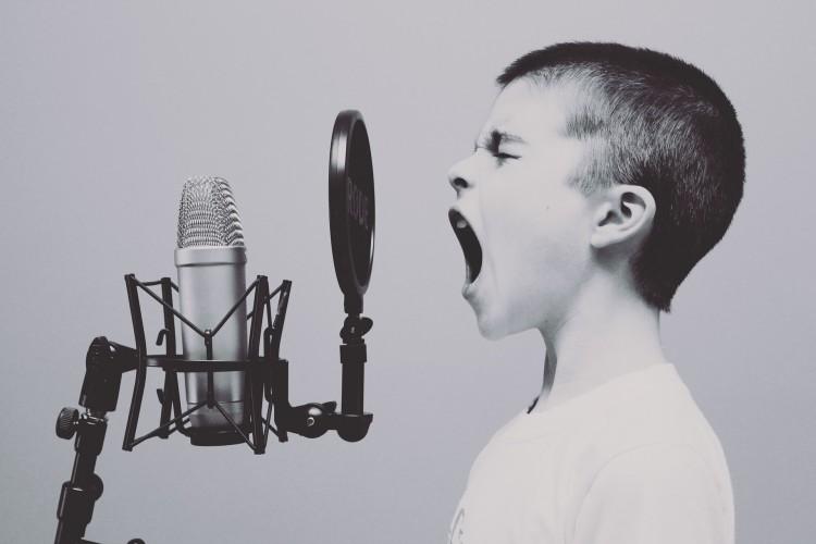 15 Easiest Karaoke Songs for Kids