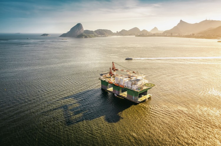 10 Countries that Are Running Out of Oil